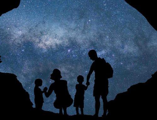 Jouer en famille – Prendre le temps de ralentir / Observer les étoiles
